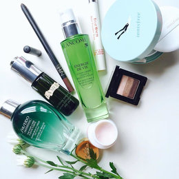 7 Ways To Infuse The Colour Green Into Your Beauty Routine