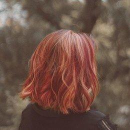 Mengeritingkan Rambut Dengan Kaus Kaki, Yay Or Nay?