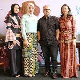 Panggung New York Fashion Week Diwarnai Desainer Indonesia