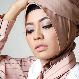 Tutorial Makeup Natural Untuk Wanita Berhijab