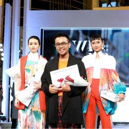 Wardah Apresiasi Desainer Muda Indonesia