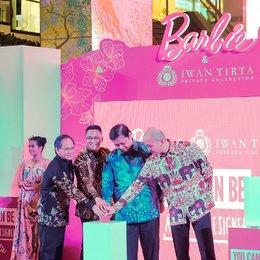 Identitas Bangsa Indonesia Dalam Boneka Barbie