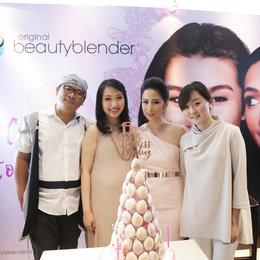 Beauty Blender Merilis Warna Baru Di Ulang Tahun Ke-15