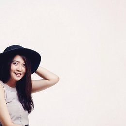 8 Ways To Wear A Hat On Bad Hair Day
