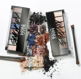 Create Unlimited Look With Make Over Newest Eyeshadow Palette