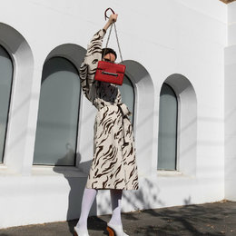 Timeless, 5 Fashion Items Ini Masih Akan Jadi Tren Di Tahun 2019
