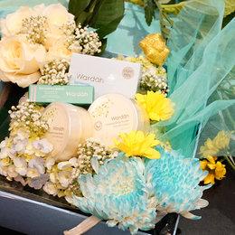 Merangkai Bunga Dan Berbagi Pada Sesama Bersama Wardah