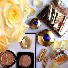 ✨My decadent gold✨ as tagged by my dear @queendescendants! Nothing beats the luxurious #Guerlain Orchidee collection! Also, last summer's LE Meteorites L'or primer is TDF & I wished I have a backup!A couple of golden highlighters...I do have a soft spot for the golden shimmery ones! Shown here are the #Dior Nude Tan Gold Shimmer powder Transatlantique Edition & #Chanel Dentelle Illuminating Powder.💛💛💛 Lipsticks of course... I love gold on the packaging! And the French make the best lipsticks! But The History of Whoo lipsticks come in the most exquisite cases!💄 #Chloe EDP used to be a fav until I moved away to warmer scents... It's about time to revisit perhaps?#clozette #bblogger #beautyblogger  Voting for the Singapore Blog Awards 2014 is currently underway! Please cast a vote for me today, and stand a chance to win in the lucky draw!