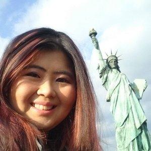Hello from New York city!  #jessying #jessyingtravel #travelblogger #traveltips #yolo #wanderlust #winterholiday #igtravel #travel #travelgram #traveltip #solotraveller #instaphoto #instatravel #traveller #wdmalaysia #instagrameroftheyear #mycloud #clozette