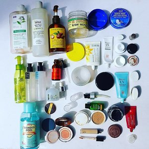 #empties short #review from the upper left all the way to the right. 😍 - cant live without it, #holygrail 👍 - will buy again in case i did not find any new exciting product 😐 - it was ok. no breakouts! 👎 - will not buy it again  #klorane shampoo - 😐 a bit drying but better than regular drugstore shampoos that are very harsh and strong perfumes  #emuoil - 😍 use this all over face,hair, body love love it  #naturerepublic argan essential deep care shampoo - 😍 ph5-6. does not dry my hair yet cleans thoroughly.  #rawhoney - 😍 who does not love honey. i use this as a wash off mask and soothes redness amd breakouts  #snp bird's nest aqua eye patch - 👍 brightens eyes and lightens under eye circles  #innisfree apple juicy cleansing oil - 😍 gentle yet cleans thoroughly  #cosrx bha blackhead power liquid - 😍 gentle yet effective  cosrx oil free ultra moisturizing lotion - 😍 love how hydrating this is and sinks in quickly and so moisturizing on its own  #c20 original vitamin c serum - 👍 effective in brightening up the skin but can quickly oxidize  #ljh tea tree essence - 😍 absorbs sebum so makes my skin not oily  cosrx snail all in one cream - 😍 my first cream that does not break me out love it so much  #andalou turmeric + c enlighten serum - 👍 using this for years time to test out others  #biore uv aqua rich watery essence - 😍 no whitecast, sinks in and blends in quickly w/ the highest spf and pa levels  #etudehouse wonder pore freshner - 😐 enjoyed this and really shrunk@my pores and prevented breakouts but time to look for an alcohol free toner  #missha tension blusher -👍 not that pigmented so need to retouch  #laneige brightening cc cushion - 👍 great cushion and makes skin look fresh and smooth but does not give full coverage if you have breakouts  #clio kill cover pro artist concealer - 😍 great coverage  innisfree jeju super volcanic pore clay mask - 👍 does its job  innisfree camellia essential shampoo - 😐  #youniqbeauty #clozette #flatlay #abcommunity #beautyblogger #beaut