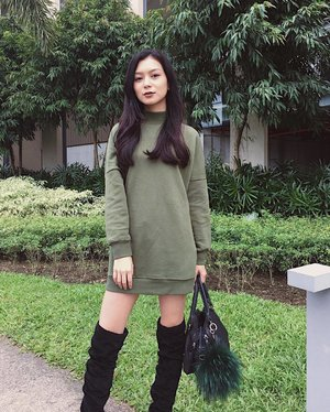 In love with this cozy weather.💚🌳➖#clozette #HMphilippines #pilipinasootd @pilipinasootd
