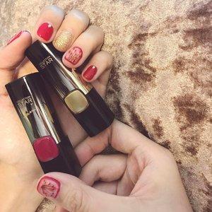 大年初一  祝大家新年快乐, 心想事成😘💋 Featuring my CNY favourites in a square!! Loving the nails by @renazanailspa and my #MOTD with the #legold star collection lippies infused with 24karat gold ✌🏻️👑 Gold obsession✨ • • • • • #beinfallible #goldobsession #lorealparissg #chloewlmakeup #notd #nailart #renazanailspa #clozette