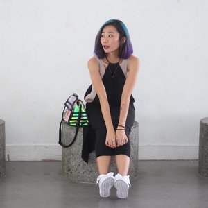 HOLOGRAM x 📷: 妈❤ #axdelwenthreads #stylexstyle #clozette #afstreetstyle #wearsg #lookbooksg #ootdsg #lookbookasia #ootdmagazine #lotd #igers #vscocamsg #streetfashion #sgigstyle #fashionigers #vscocamsg #igsg #chictopia #stylesg #igersingapore #vscosg #lookbooknu #fashiondiaries #weheartit #fblogger #styleblogger #streetstyle #sgstreetstyleawards #throwback #stylesearch #hairbyxavierleong