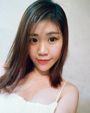 My favourite app for selfie filter now, want to make a guess?  Can't sleep but will sleep now💤 Goodnight.  #clozette #selfie #sgig #asian #girl #sgblogger #beautyblogger #instaselfie #instalike #likeforlike #selfies #instagram #sg