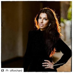 Sharing this Repost by @offorchard. Thank you for this awesome feature !😘😘 .  #Repost @offorchard with @repostapp ・・・ JUMPSTART JANUARY | Attention: Hot Mess ahead! Do you constantly feel disheveled in our sticky climate? Have you given up wearing makeup altogether because it slides off your face? We've found a solution to help you jumpstart January with your best face forward. . . Enter makeup guru Samina Malik to the rescue. This gorgeous mother of four (wow!) knows exactly what it means to be time-poor, and has a swag of tips specifically designed to have you looking polished, natural and fresh in the tropics. We could all do with a few of those tips! . . Follow @samina_malik for the inside scoop on all her upcoming events. . . #instasg #beauty #makeup #makeover #sephorasg #makeuplook #makeupartist #makeupsg #beautysecrets #hotmama #singaporesmallbusiness #supportlocal #singapore #singaporestyle #saminamalik #offorchard #mumprenuer #clozette #stylecollectivefollow #stylexstyle #thatsdarling