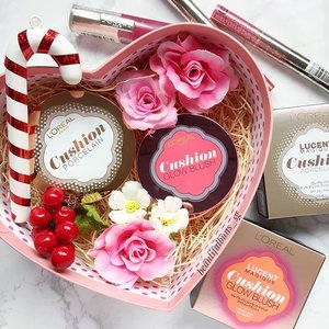 "When I see this heart-shaped box, the first thought that comes to mind is ""The world could do with a little more love and a little less hate & hurt~"" 😘 Hope your Sunday is better with me spreading this beauty junkie love~ 🤗  #lorealmakeup #lorealparissg #bbcushion #cushionblush #beauty #beautyblog #beautyblogger #clozette  #beautyaddict #bblogger #instabeauty  #makeup #makeupjunkie #makeupaddict #makeupstash  #beautyjunkie #trendmood #skincare #skincareblogger #makeuphoarder #igbeauty #love"