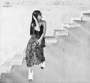 Just live and enjoy the present because everything else is uncertain #livethemoment #blackandwhite #floatingstairs #minimalism #traveladdict #allitravel #travel #travelgram #wanderlust #kl #cafehopkl #cafehopping #wiwt #clozette #ootd #adidassuperstar
