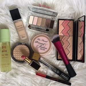 Makeup picks for a much needed girly catch up today. #makeup #beauty #motd #makeupoftheday #fotd #MyRomana #clozette #pixibypetra