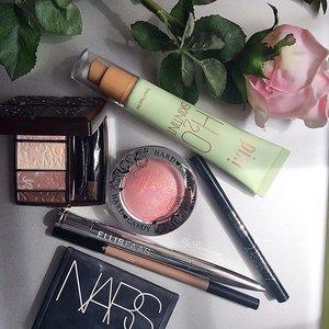 My beautiful mess this morning. Experimenting with a darker lip shade today: @ellisfaascosmetics Hot Lips L106 #makeup #beauty #clozette #ellisfaas #instagood #makeupaddict #makeupjunkie #pixibeauty #nars @narsissist #mac #macmalaysia @cosmedecortesg