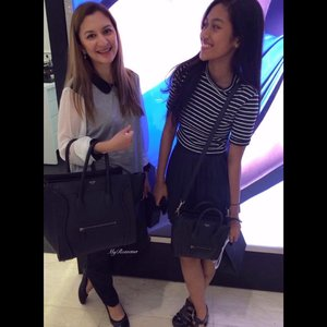 #throwback to 3 years ago(3 YEARS AGO!!) with niece at @narsissist #narsmalaysia preview of the #narsissistpalette • • • #MyRomana #clozette #narspavilion #makeupjunkie #igersmalaysia #makeup #lifestyle