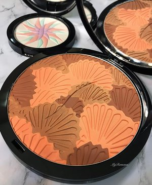 Beautiful and intricate embossing from @sephora @sephoramy  Limited edition Sun Disk & Glow Finishing Pressed Powder • • •  #MyRomana #Clozette #makeupjunkie #sephora #sephoramy