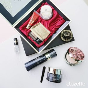 Can we just take a second to admire this elegant Limited Edition AQ MW Makeup Coffret by Cosme Decorte and the new sleek Infinity Range by Kose? Perfect gifts all year round! #Clozette #ClozetteSHOTS #CosmeDecorteSG #KoseSG