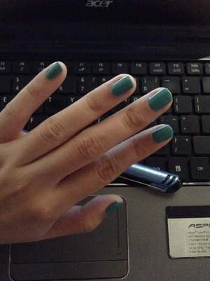 Minty green fresh, ready for some heavy typing.