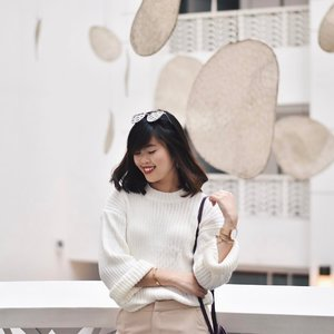New year, new hair. Blogged about my recent hair curling and treatment experience with @kenjosalon! You can also quote <Cassandra> to enjoy 15% OFF all services when you visit them. Time to get your hair fixed before CNY! 🍊🍊 #kenjosalon #clozette #ootd (📸: @ritzyritzrit)