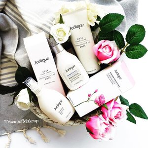 Beautiful Nourishing Products from Jurlique. One of their signature products is Rosewater Balancing Mist featured here @jurliqueaus . . . . . . . . . . . . . . . . . . #makeup #photographer #style #luxury #motd #ausbeautyblogger #jurlique #naturalskincare #sensitiveskin #gentleskincare #handcream #thelushlife #visualsoflife #thingsilike @invisiblethreadpr #rose #goodskin #biodynamic