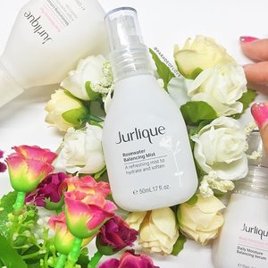 My current favourite toner. #Jurlique Rosewater Balancing Mist. Lightweight, refreshing and smells like you're in a garden of fresh summer roses!~ 🌹🌹🌹 #Clozette #skincare