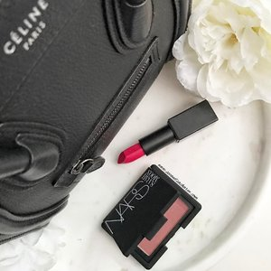 Sometimes all you need to brighten the mood is a flush of color to the cheeks & lipstick of course! 💋. Loving NARS X Sarah Moon Isadora Blusher! #clozette