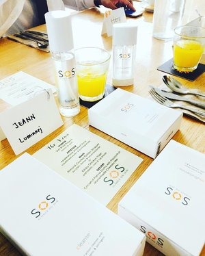 ~~tapping into the concept of #scienceonskin this lovely morning with @sosbeautygarden and finding out what makes this French-tech-infused new skincare brand tick. The minimalist white simple packaging is quite an eye candy already! Thanks for having us 😘☺️😍~~