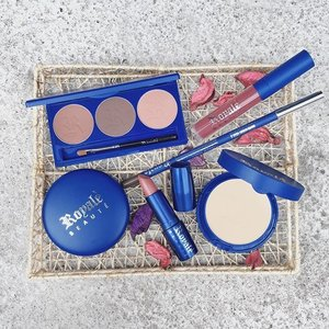 #Beautyctionary: From skincare to makeup, check out Royale's (@iloveroyaleofficial newest makeup line. Link on my bio. - Thank you @iloveroyaleofficial and @beautemakeupcosmetics. 💙 #beautemakeupcosmetics #whateverywomanwants #clozette #makeup