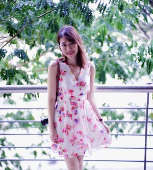 Welcoming spring and summer! Shorter fringe ftw! 💁🏻 @simontey #clozette #fashion #fashiondiaries #fashionblogger #ootd #ootdsg #instahub #outfit #igdaily #igers #sgblogger #today #claireaudreyootd #vscocam #photography #sonyimages #lookbook #sg #asian #girl #explore #claireaudreyootd #floral #malaysia #travel #bokeh