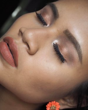 Repost.. If you missed last Sunday's post. Link in profile💋 . . . . . . . . #morphebrushes #12ssoulofsummerpalette #makeupaddict #makeupface #makeupjunkie #slave2beauty #theblogginggals #thegirlgang #clozette #sgbeauty #makeuplook #newpost #beatthatface #wakeupandmakeup #fiercesociety #bbloggersg #glowwdolls #olympuspen #epl7 #motd #bbloggers  #makeupaddict #makeupface #makeupjunkie #slave2beauty #theblogginggals #thegirlgang #clozette #sgbeauty #sgmakeup #eyemakeup #makeupislife #makeupenthusiast #makeupmafia #makeupaddiction #makeuplover #makeupdolls #olympuspen #epl7 #penlite