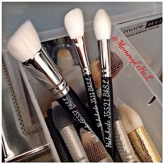 New Comer 💃😂💃 #brushes #hakuhodobrush #brushaddict #makeupjungkie #clozetteid #femaledaily