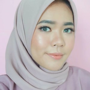 Be the light or the mirror that reflects it ✨💖 Softlens : @x2softlens Bio Glaze (Na quartzo)#clozetteid #x2softlens