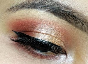 Orange Vibes 🎈  #clozette #clozetteid #makeup #eyemakeup #eotd #beautybloggerid #indonesianbeautyblogger #eyeshadow