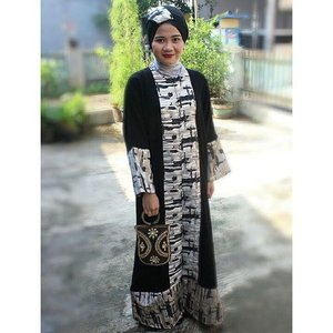 Outfit of Ied Fitri#abaya #blackdress #hotd #ootd #iedmubarak #dresscode #clozetteid #makeupbywardah #lateshared
