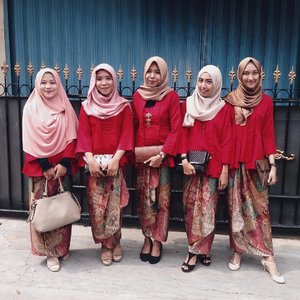happy wedding risa 💕💃🏻💐..#wedding #bridesmaids #clozetteid #ggrep #kutubaru