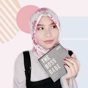 Trying out this palette today. This one's too cute to be missed! Grab yours on @makeoverid store or @sociolla ✨ Use my code SBNLA5OP to get Rp50.000 off at Sociolla! .Kalau mau baca review lengkapnya, mampir ke blogku ya. Link hidupnya di bio💖 .http://www.safiranys.com/2018/02/review-make-over-boss-babe-palette.html .#clozetteid #beautyandfashion #makeoverid #thebossbabe #allinonepalette #review #tribepost