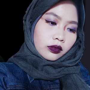 "I tried to recreate ""Purple Glitz"" from JFW 2018. I thought that eyeshadow would look like as bright gold as @veroonicaong, but it turns like bronze-y color🤔  #MakeOverxJFW2018 #MakeOverWanted #MakeoverxVero #MakeOverGiveaway  #clozetteid #motd #makeupoftheday #purple #purplemakeup #fashionweek #fashionweekmakeup #beautyandfashion #shasbeautyjourney #bblogger #tribepost"