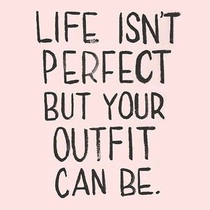 Perfect yourlife by wearing a perfect outfit 💋  #quoteoftheday #stylediary #fashionquotes #andiyanipics #dressup #lifestyleblogger #clozetteid