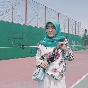 I am the sunshine of my own life ✨..📍Location : Gor Adiarsa, Karawang..#clozetteid #karawang_kekinian #karawang_kece #karawang #instagram #karawanginfo