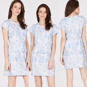 Look trendy with batik! Mini dress short sleeve light blue with a combination of batik and gorgeous peplum. Pair this dress with heels shoes to enhance your semi-formal look. . Size : M. Shoulder : 34 cm. Bustline : 86 cm. Hand length : 13 cm. Waist circumference : 72 cm. Hip circumference : 86 cm. Length : 86 cm. . Size : L. Shoulder : 34 cm. Bustline : 92 cm. Hand length : 13 cm. Waist circumference : 76 cm. Hip circumference : 92 cm. Length : 86 cm.