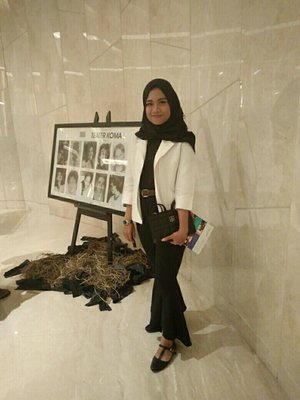 black and white for watching opera kecoa by teater koma #clozetteid