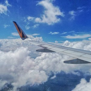 Will you Fly away with me ✈ . . . . . . . . #sky #bluesky #tigerair #clouds #airplane #sg #fashiongram #currentmood #currentlywearing #love #whatiwore #whatiworetoday #oufits #ootdshare #instafashion #fashionista #instalook  #fashion #lookbook  #fashionblogger #ootd  #everydaylook #style #blogger #fashions #clozette #clozetteid