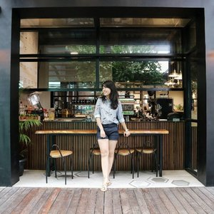 Hello 🙋 . . . Features @somethingborrowed_official sandals . . . . . . #coffeeshop #coffeeshopjakarta #café #wiw #whatiwear #zaloraid #outfitoftheday #lookoftheday #fashiongram #currentmood #currentlywearing #love #whatiwore #whatiworetoday #oufits #ootdshare #instafashion #fashionista #instalook  #fashion #lookbook  #fashionblogger #ootd  #everydaylook #style #blogger #fashions #clozette #clozetteid