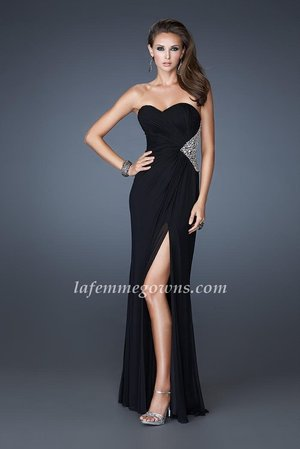 Check out Amazing Chiffon Dresses.Stunning stretch net gown with gatheBlack bodice and sexy back cutouts adorned with stones. Side zipper closure. Feel Elegant with the High Open Slit that will let you show off your Amazing Stilettos. This dress is perfect as a Homecoming Dress, Wedding Guest Dress, Prom Dress, or a Special Occasion Dress.   Size: Standard Size or Custom Made Size Closure: Zipper Details:  Sequin Waist,  High Side Slit Fabric: Chiffon  Length: Floor Length Neckline: Strapless Sweetheart  Waistline: Empire Waist Color: Black Tag: Black, Sequin, Open back, Strapless, Long, Homecoming Dress, La Femme 18771