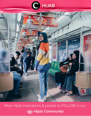 Play around with rainbow sweater, jeans, and also sneakers. Simak inspirasi gaya Hijab dari para Clozetters hari ini di Hijab Community. Image shared by Clozetter: @ratnajuni. Yuk, share juga gaya hijab andalan kamu